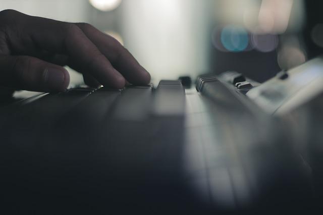 computer-1844996_640