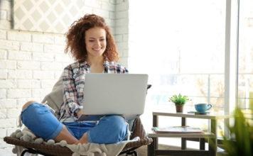 Na jakie kwestie zwrócić uwagę, kupując laptop do użytku domowego?
